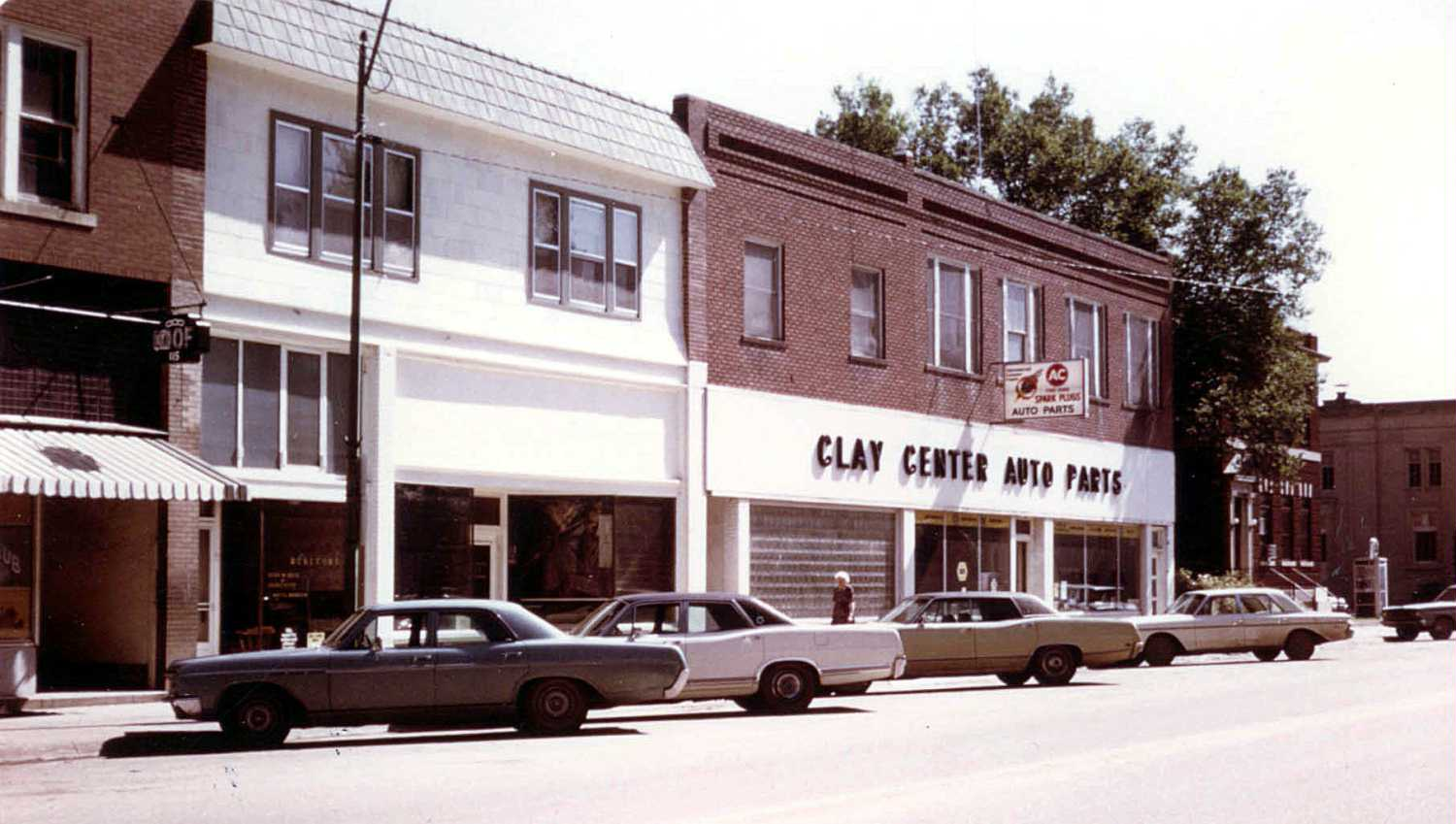 clay center dating Oldtrusty home video tour link to others vendor info old trusty drive to the water tower at the fairgrounds in clay center joomla templates: by.